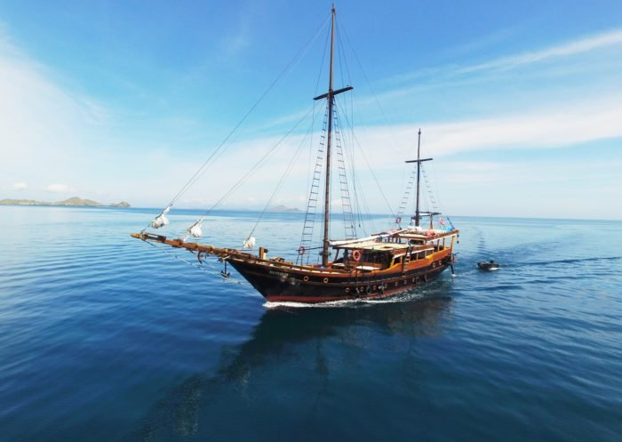 Nataraja Liveaboard is a new Phinisi Yacht