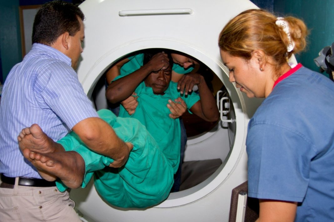 Honduran Doctor Has Developed Some Fairly Radical Ways Of Treating Decompression Sickness