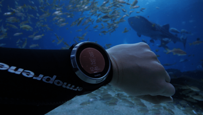 Testing the Suunto D5 at the Georgia Aquarium