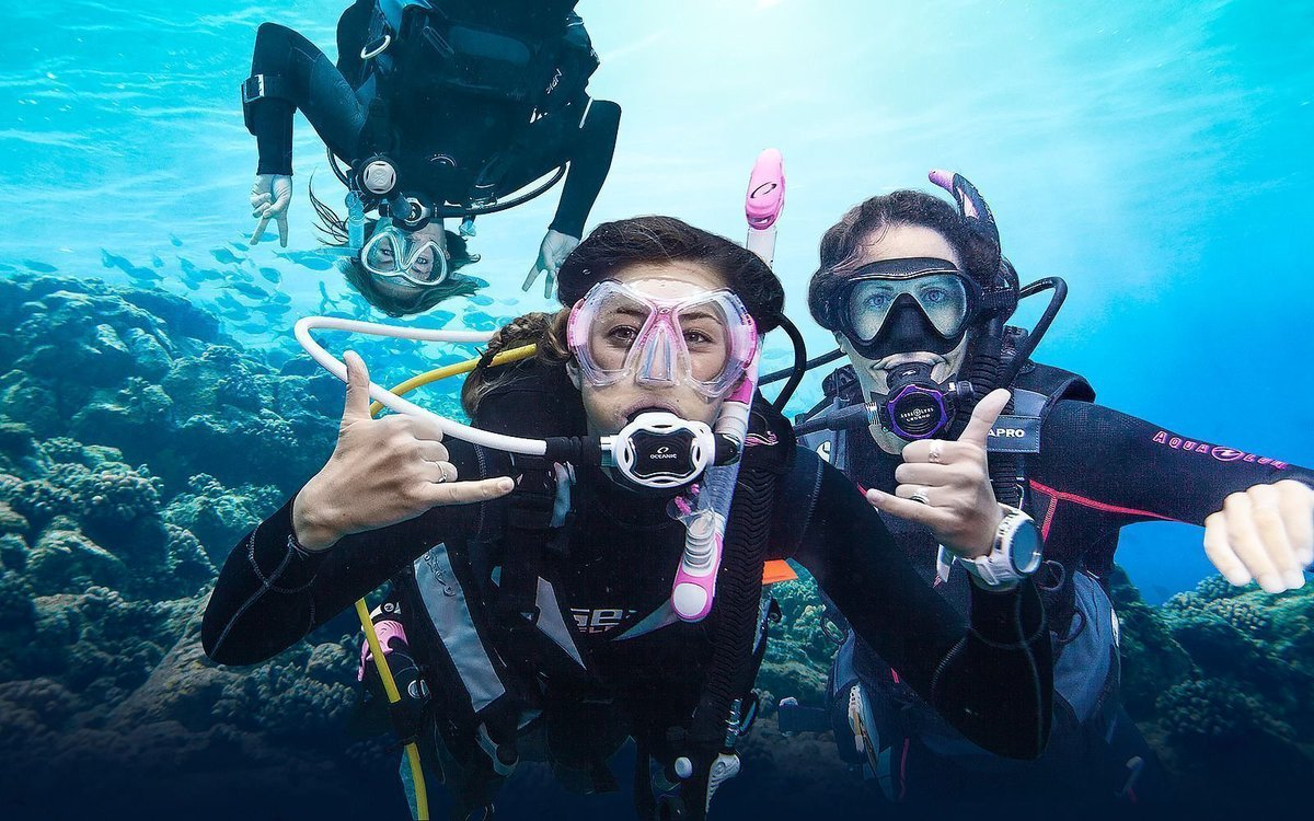 2019 PADI Women's Dive Day Saw Hundreds Of Events Across The Globe