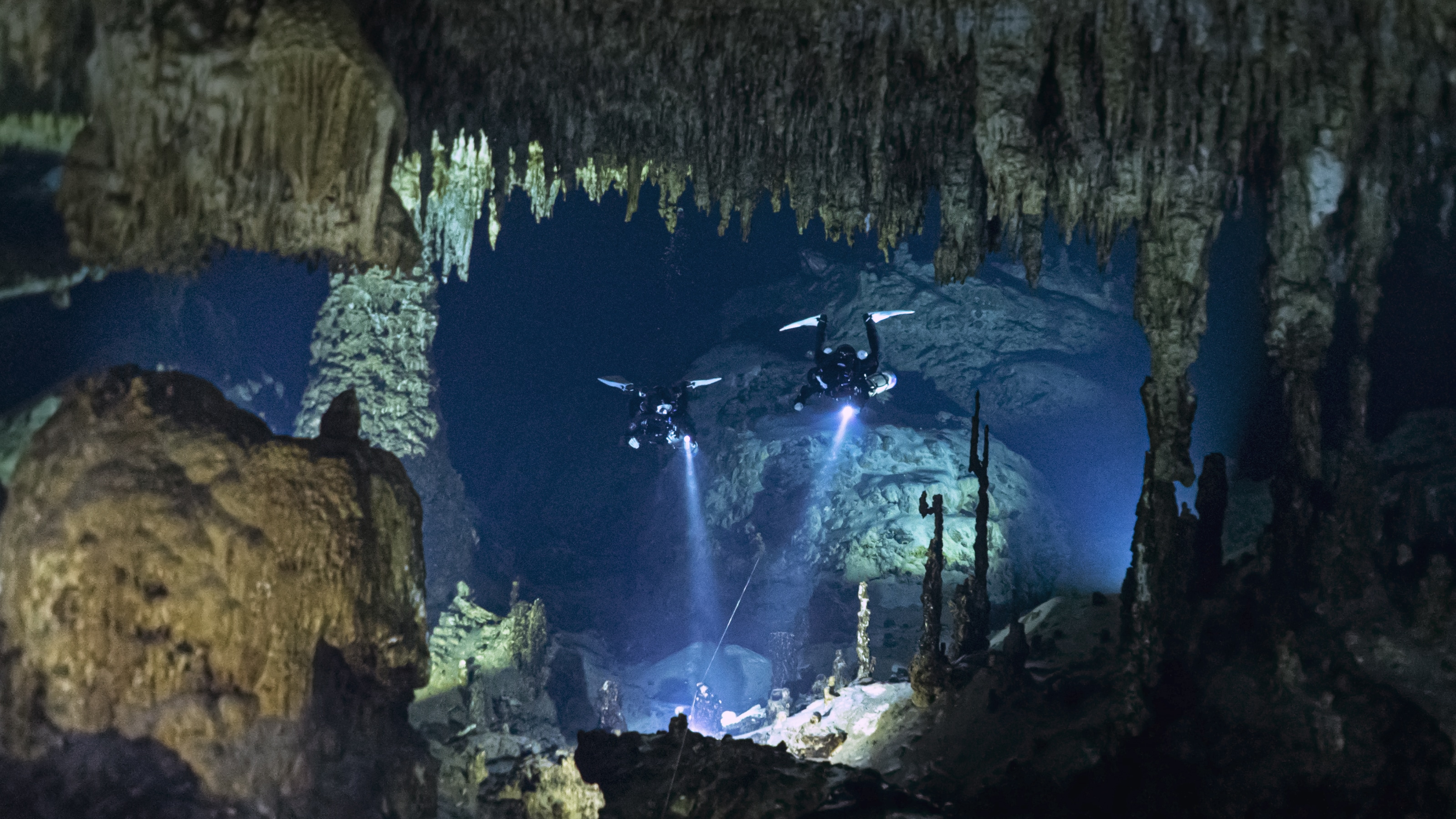 New Film Featuring Female Cave Divers Released