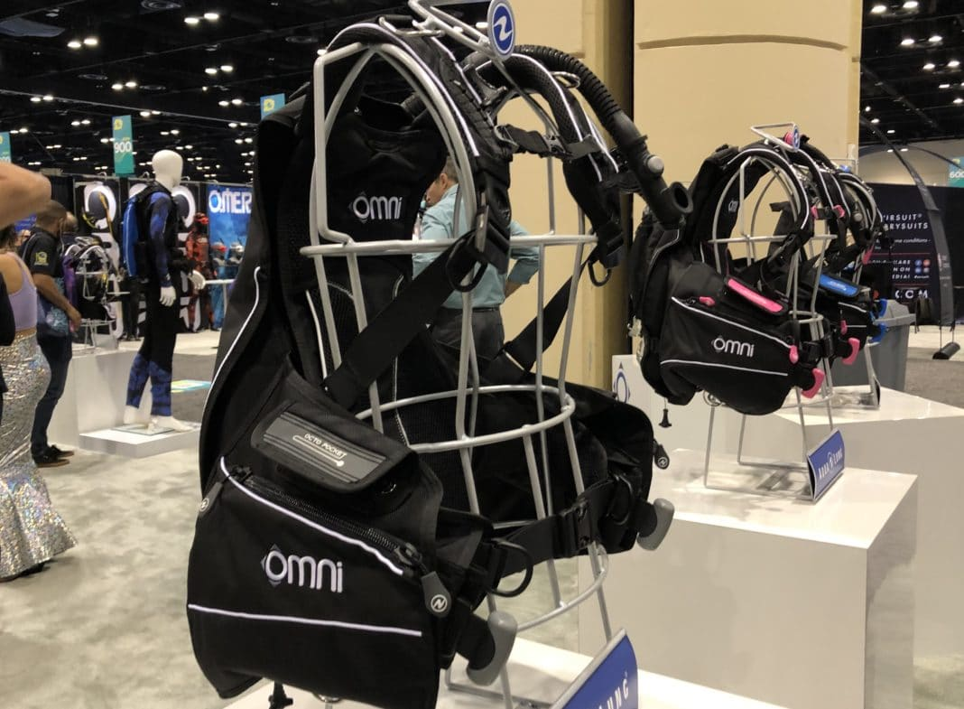 Aqualung's New Omni BCD at DEMA Show 2019