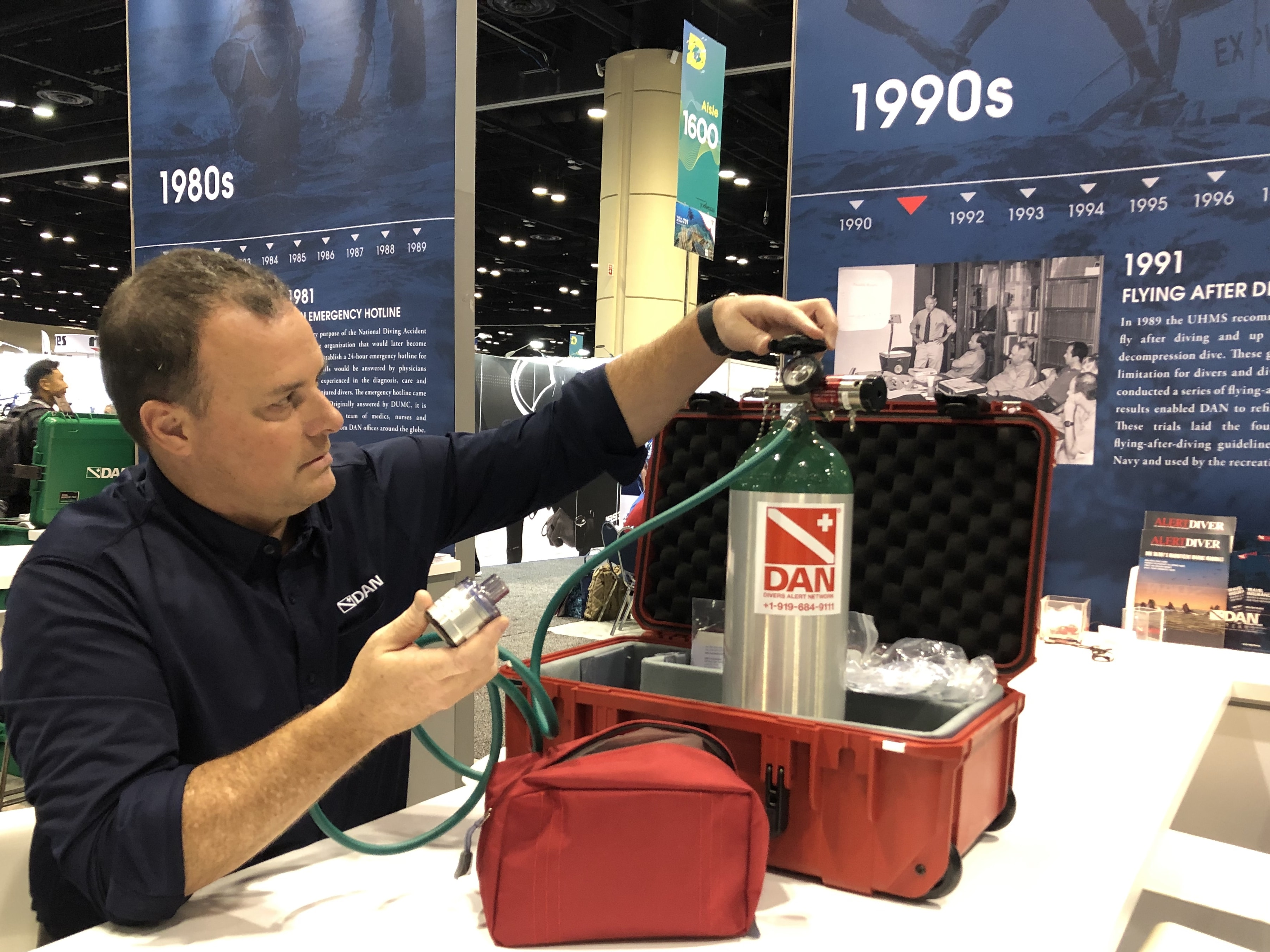 DAN Highlights Portable First Aid Kits at DEMA Show 2019