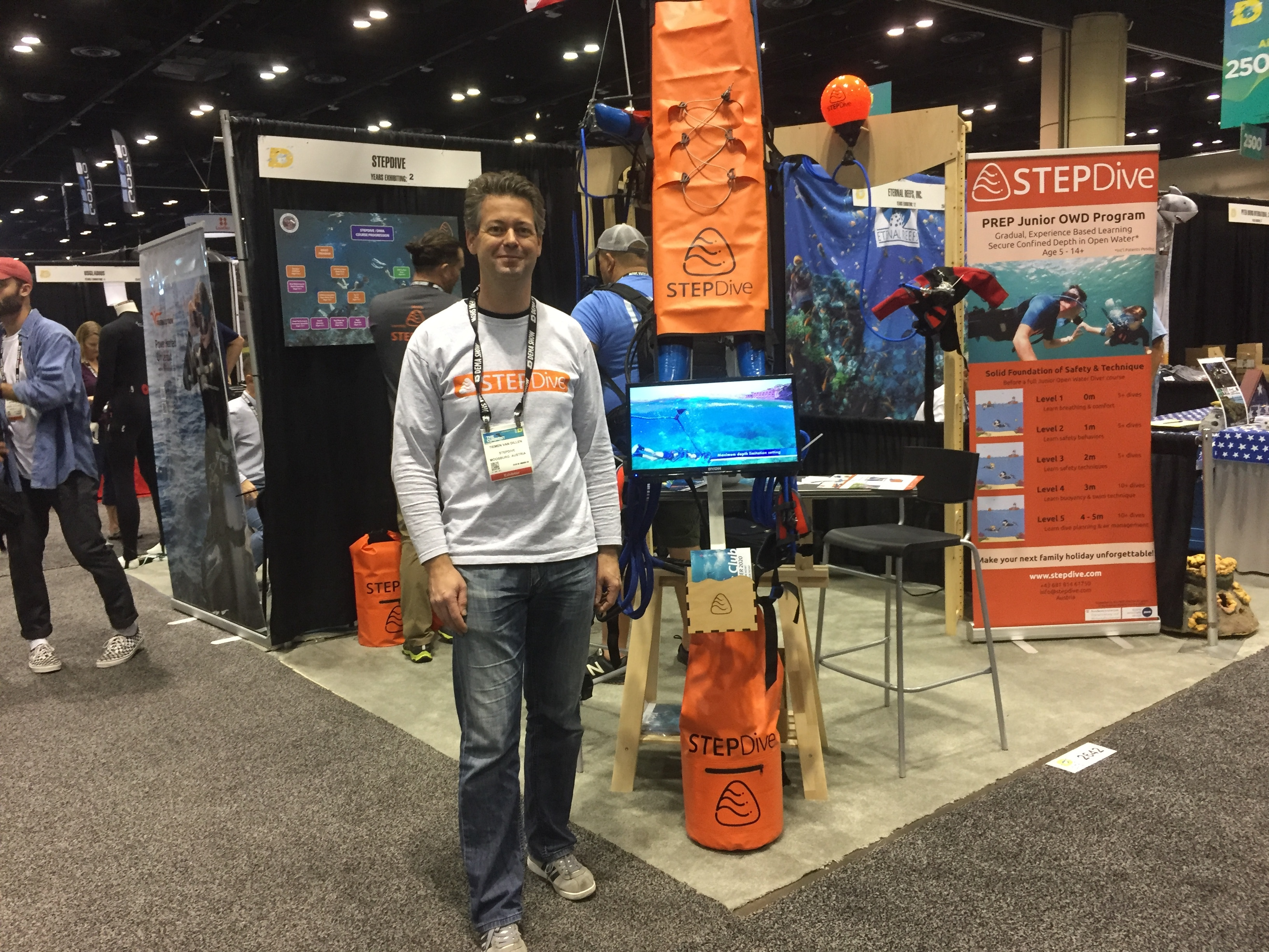 Dema Show 2020.Have Kids Get Them Into Diving With The Stepdive System