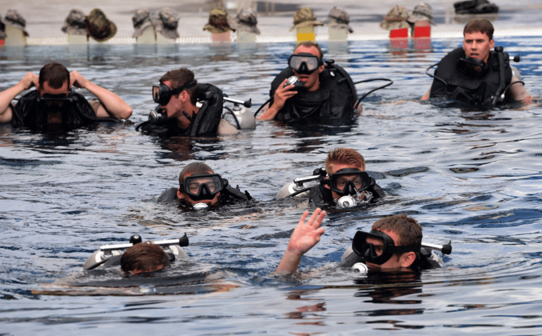 US Air Force temporarily suspends dive training, operations (Image credit: U.S. Air Force photo/Senior Airman Cody R. Miller)