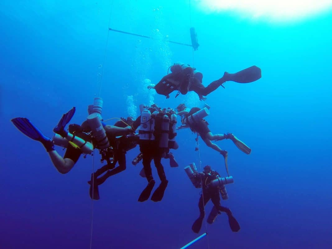 Ahmed Gabr World Record Scuba Dive To 332m