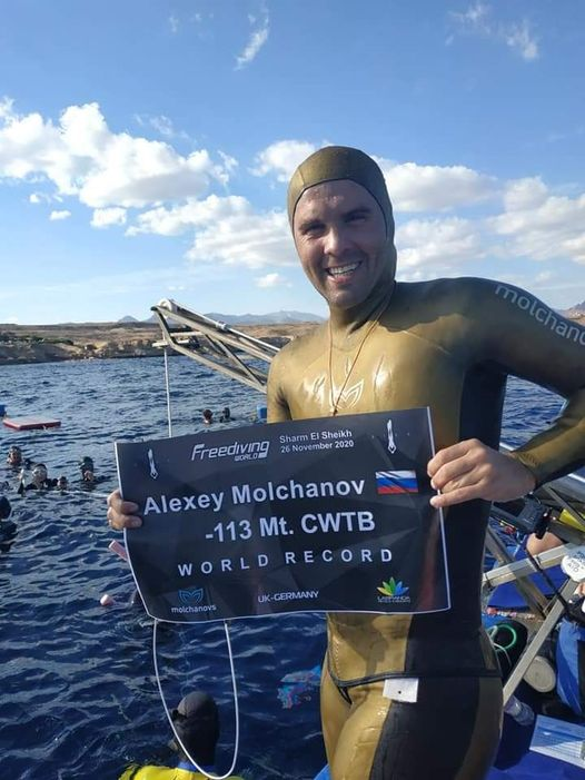 Alexey Molchanov Sets New AIDA CWT Bifins World Record
