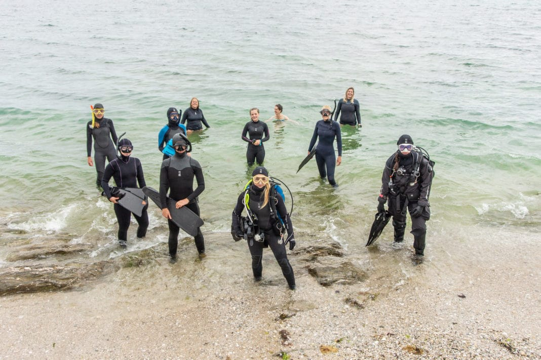 We're all divers here! The women of Fourth Element at PADI Women's Dive Day