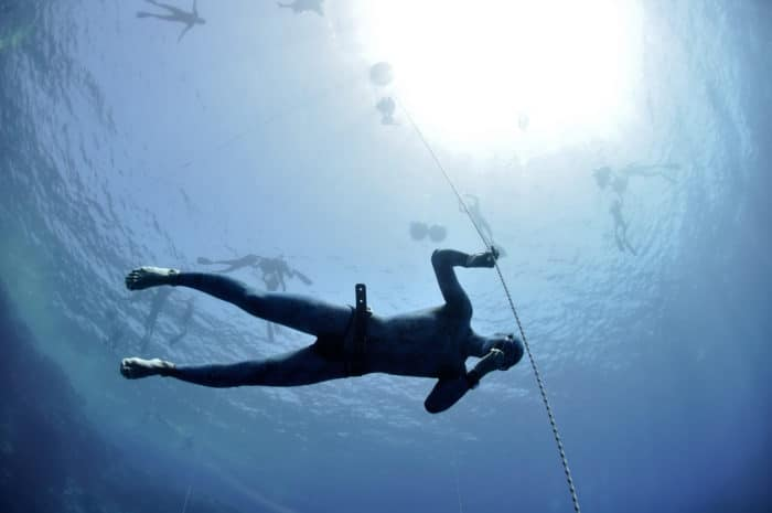 Freediver training his equalization technique